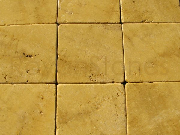 yellow-travertine-tumbled 40x40